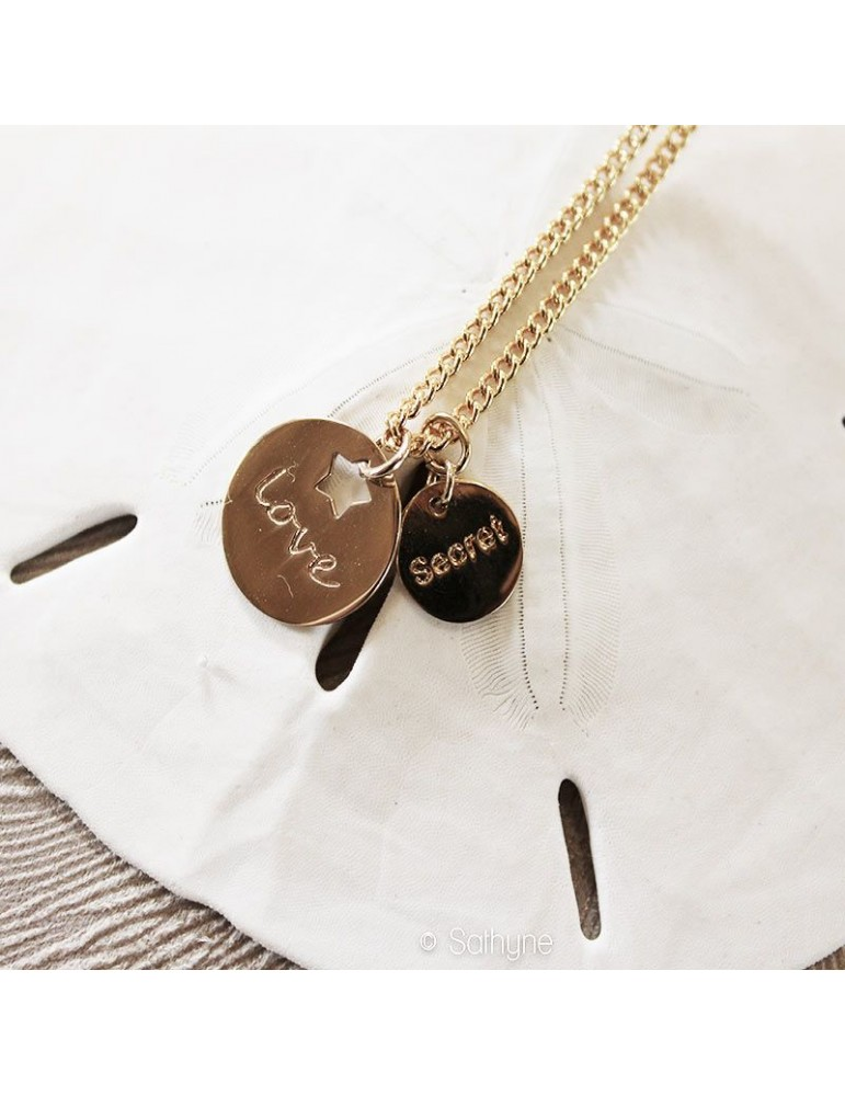 """Collier chaine """"Amour"""""""