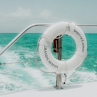 Évasion.... . « What's coming is better than what is gone » . « Ce qui vient est meilleur que ce qui est parti ! » . . . #sathynelifestyle #sathyne #quoteoftheday #boatlife #boatday #caymanislands #cayman #inspiration #pinterest
