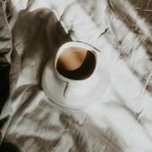 ... Bon lundi ...  Commencer la journée avec un petit café avant de rejoindre l'atelier...  . . . . . #sathyne #sathynelifestyle #viedentrepreneur #mumpreneur #mumpreneurlife #creatricefrancaise #creatricedebijoux #leslandes
