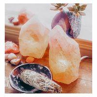 Ce soir c'est la nouvelle lune,  Profitez en pour purifier vos pierres et vos bijoux avec de la sauge... . Bon week-end ✨ . . . . . . #sathynebijoux #nouvellelune #healingvibrations #healingcrystals #spirituality #newmoon #newmoonritual